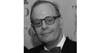 Jeffrey Richards '69 was awarded a Tony Award for Best Revival of a Play for producing Glengarry Glen Ross by David Mamet. The awards ceremony was held at Radio City Music Hall on June 5, 2005. Richards' recent producing credits include Matthew Barber's Enchanted April; A Thousand Clowns, starring Tom Selleck; Gore Vidal's The Best Man; Never the Sinner: The Leopold and Loeb Story; and The Complete Works of Shakespeare (Abridged). Some of his upcoming projects include The Great American Trailer Park Musical; Herman Wouk's The Caine Mutiny Court Martial; and a revival of The Pajama Game. Richards holds a master's degree in journalism from Columbia University.